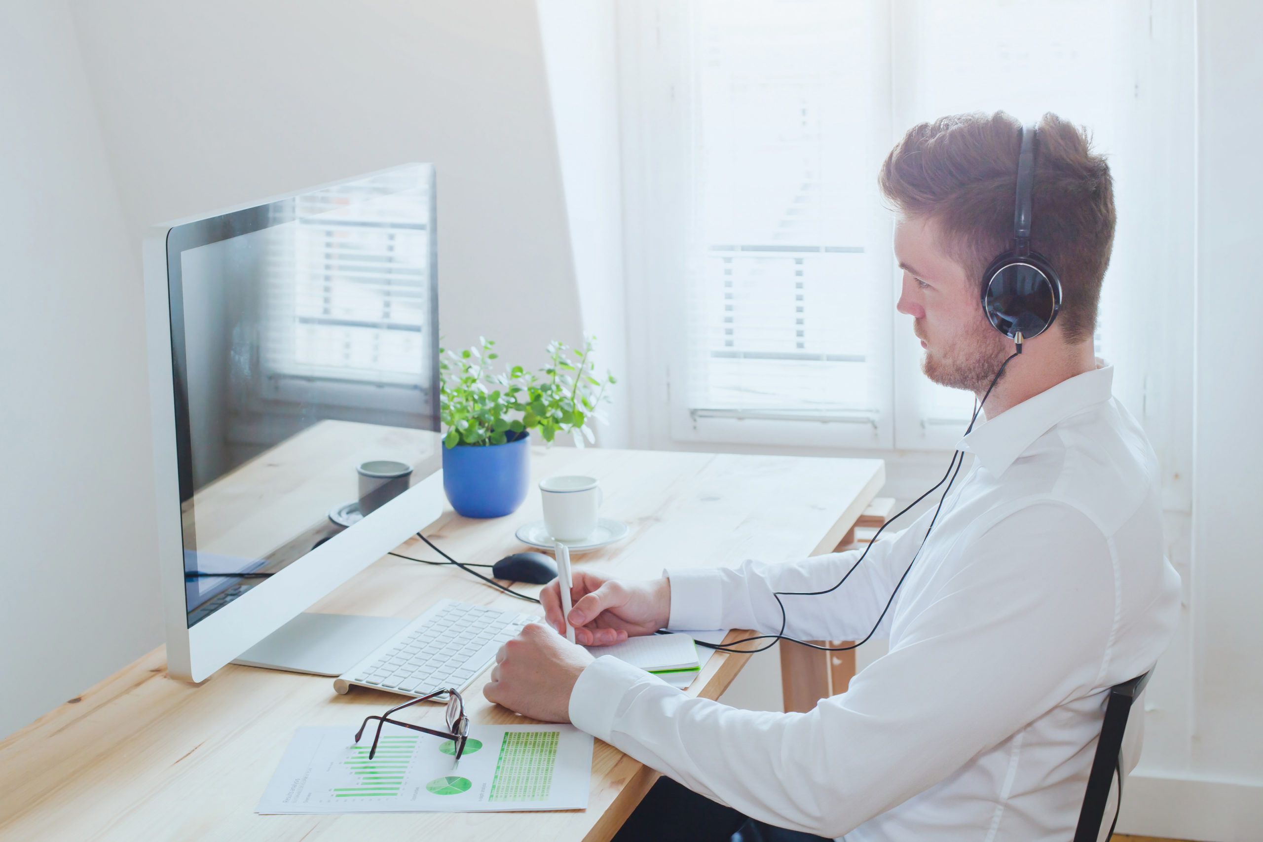 Navigate Zoom Meetings Like a Pro
